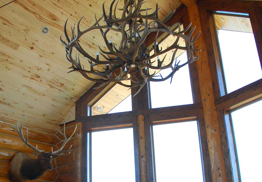 lodge interior - antler chandelier